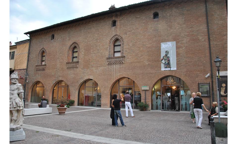 tortona02.jpg