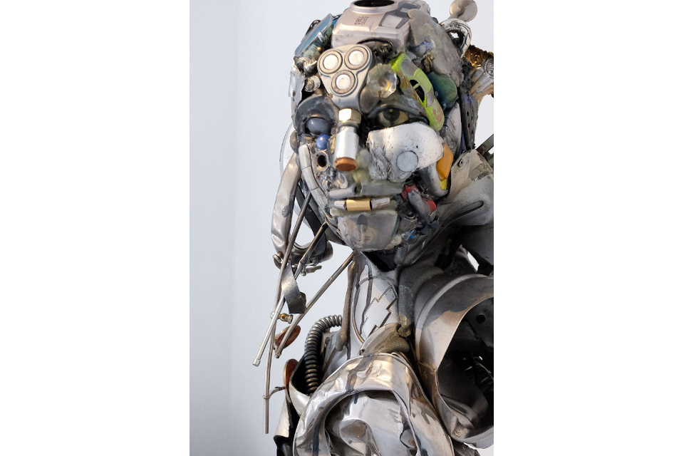 Untitled-2019-mixed-media-assembly-steel-PU-foam-resin-cm-30x164x38-Private-collection.-.jpg
